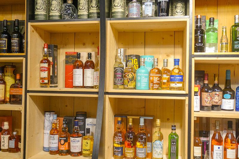 """Bar """"Le 12"""" à Blois : une cave à vin, la dégustation de bières et cocktails originaux"""